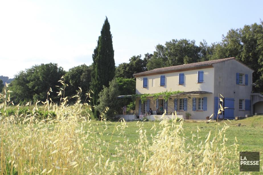 Trois générations à la rencontre d'un rêve commun: la Provence. Au fil des...