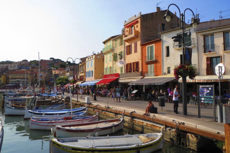 Le port de Cassis, un endroit chaleureux, coloré et lumineux qui séduit tout ceux qui y passe ne serait-ce qu'un moment. (Photo Jean-Marc Charron-Aubin, La Presse)