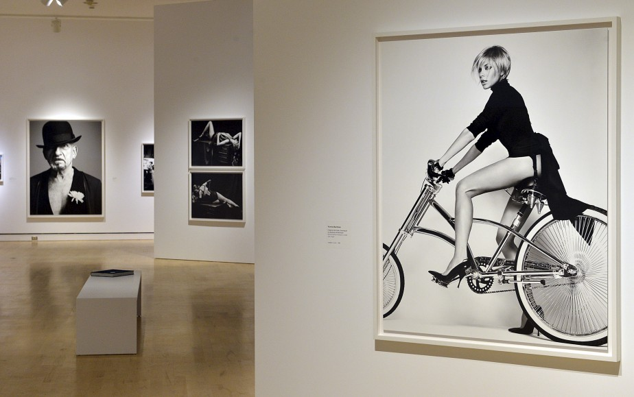 Le Musée national des beaux-arts du Québec expose une centaine de clichés du chanteur rock Bryan Adams, un photographe qui se considère comme un simple « collectionneur de moments mémorables». (Le Soleil, Patrice Laroche)