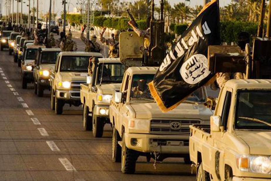 Des photos, signées de la branche libyenne de... (PHOTO TIRÉE DE TWITTER)
