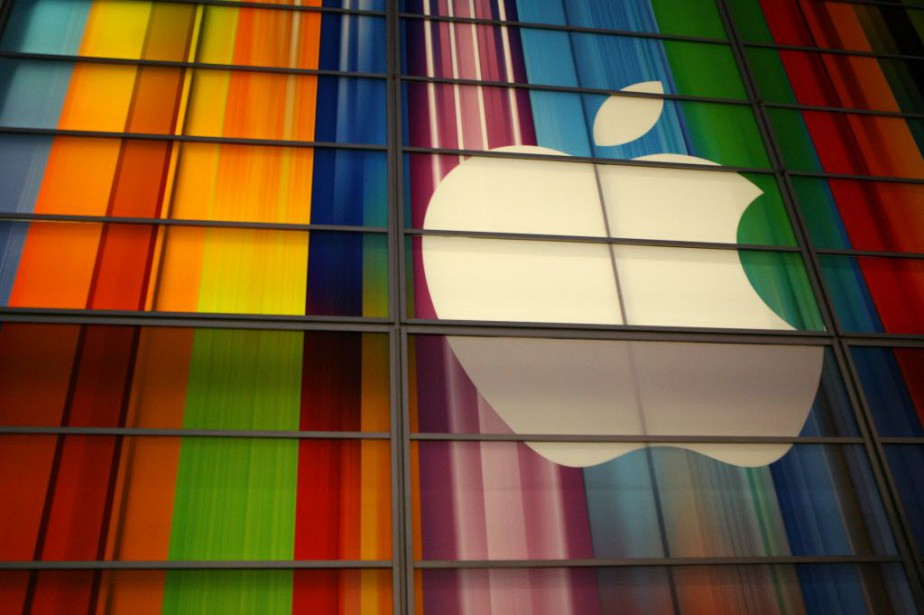 Pour ses analystes, Apple dispose des liquidités nécessaires... (PHOTO Kimihiro HOSHINO, AFP)