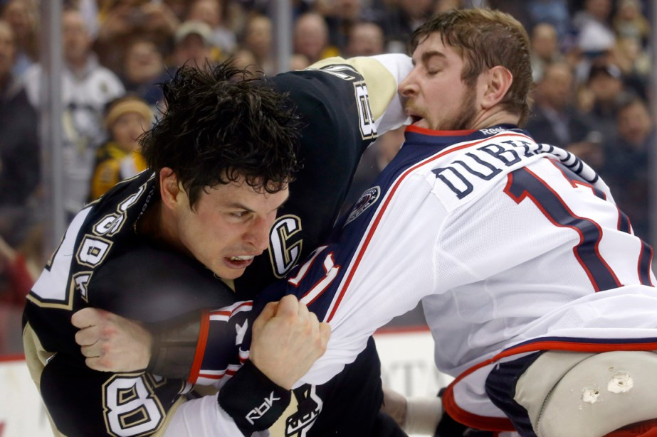 Le capitaine de Penguins Sidney Crosby était tellement... (Photo Keith Srakocic, AP)