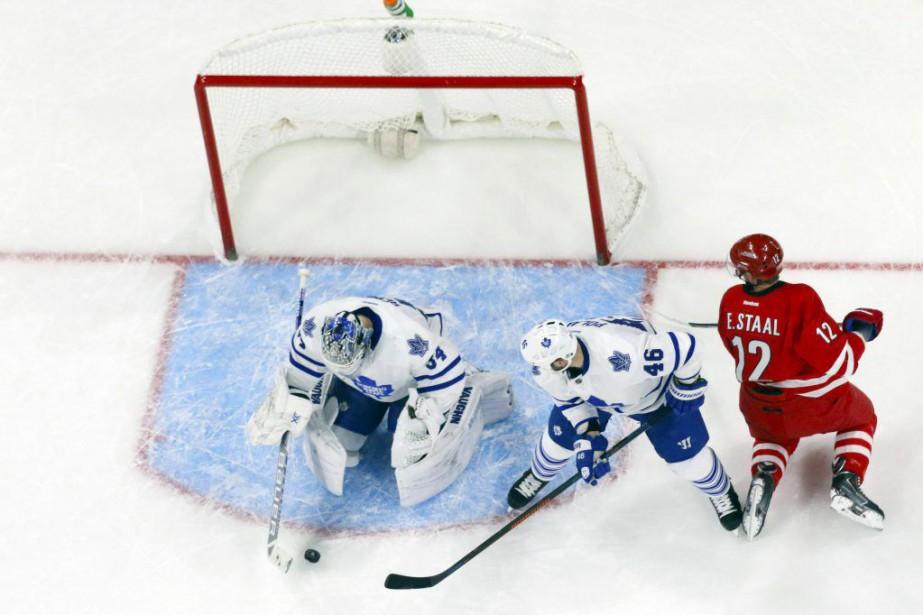 Eric Staal a inscrit un but et une aide et il a aidé... (Photo USA Today Sports)