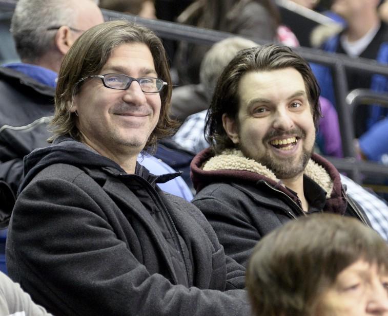 Jean-René Dufort et MC Gilles de l'émission<em> Infoman</em> étaient dans les gradins pour la finale. ()