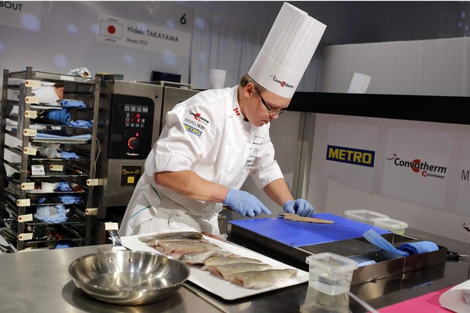 Le chef Laurent Godbout, qui représentait le Canada, estime que son plat de poisson a été mal reçu à cause d'un manque de communication au sujet des attentes du jury. (Photo Laurent Cipriani, AP)