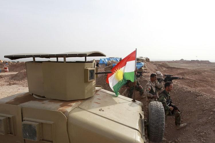 Des combattants turcs en position près de la... (Photo: Reuters)