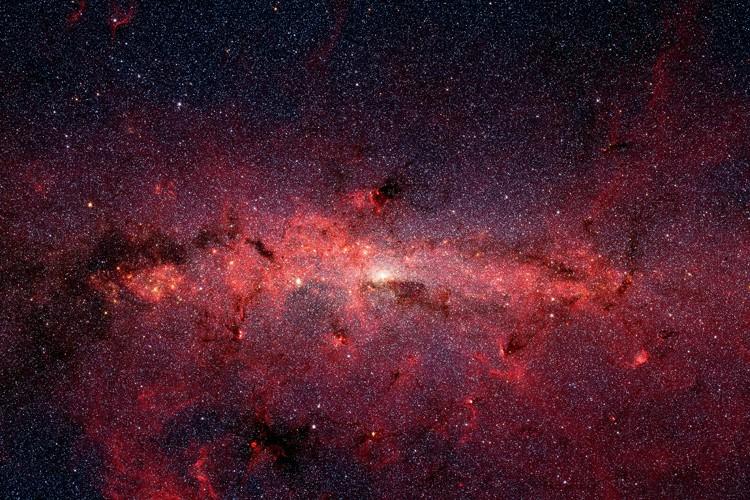 La masse de ce trou noir est 12... (Archives NASA)