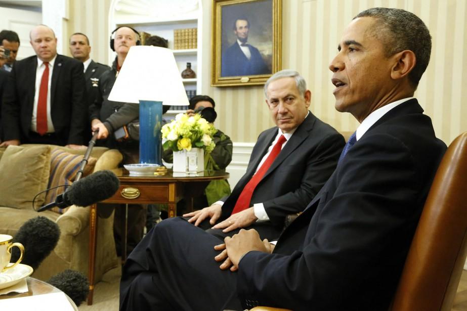 Le premier ministre Nétanyahou écoute le président Obama... (PHOTO JONATHAN ERNST, ARCHIVES REUTERS)