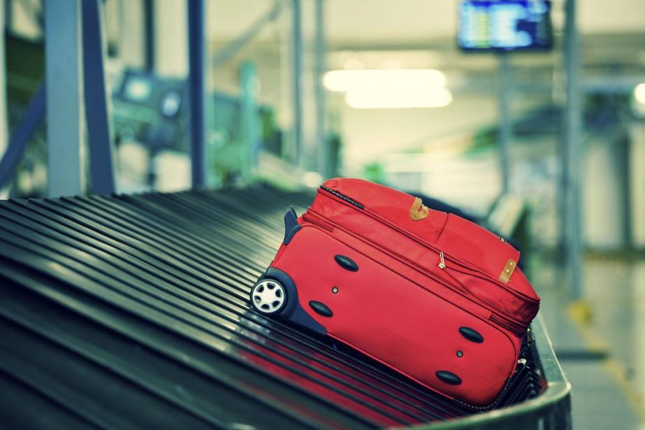 Les bagages qui vont en soute subissent des... (PHOTO DIGITAL VISION/THINKSTOCK)