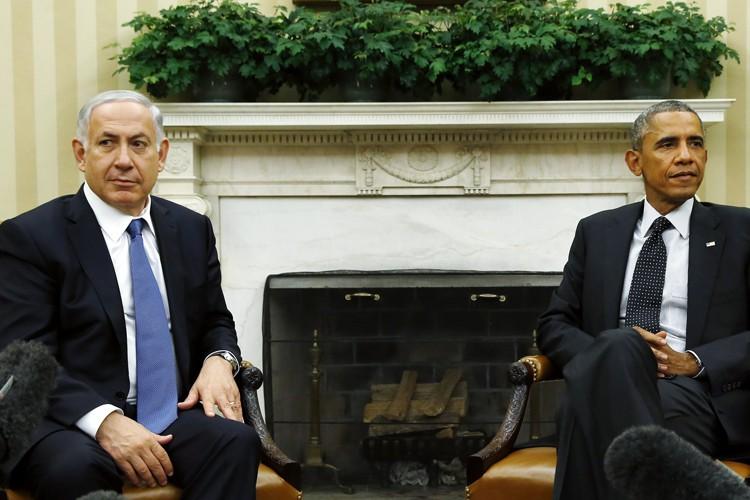 Le premier ministre israélien, Benyamin Nétanyahou (à gauche),... (PHOTO ARCHIVES REUTERS)