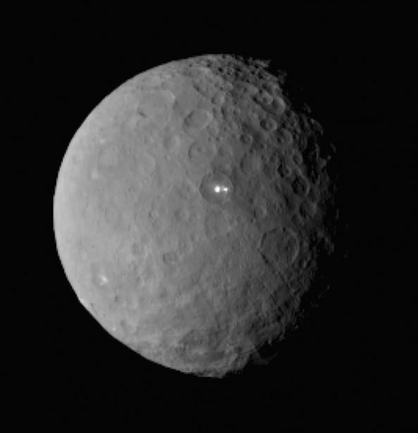 La planète Ceres... (PHOTO ASSOCIATED PRESS)