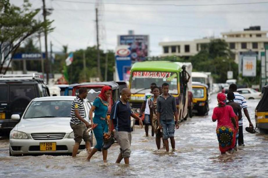 Des pluies torrentielles, accompagnées de grêle et de... (PHOTO NATION FM)