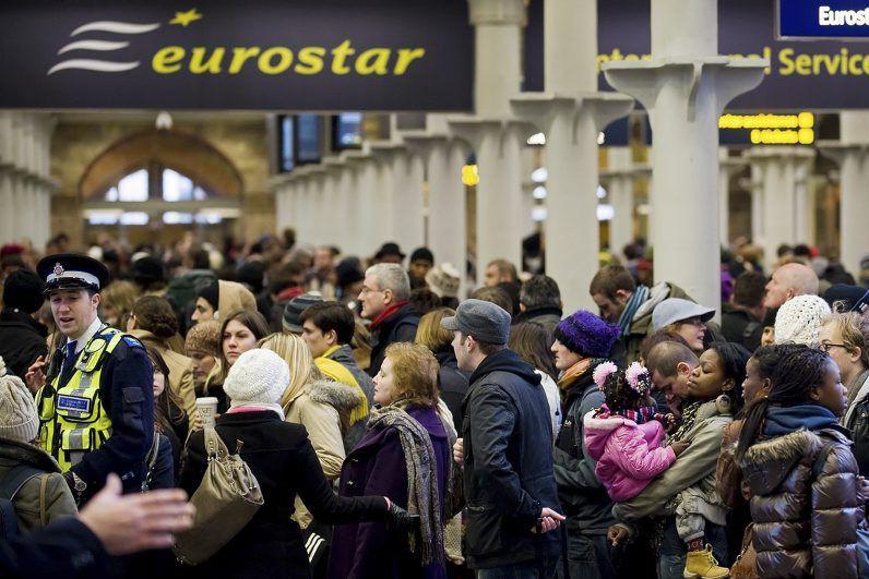Les 30 trains actuels d'Eurostarpeuvent transporter 750 passagers,... (PHOTO LEON NEAL, AFP)