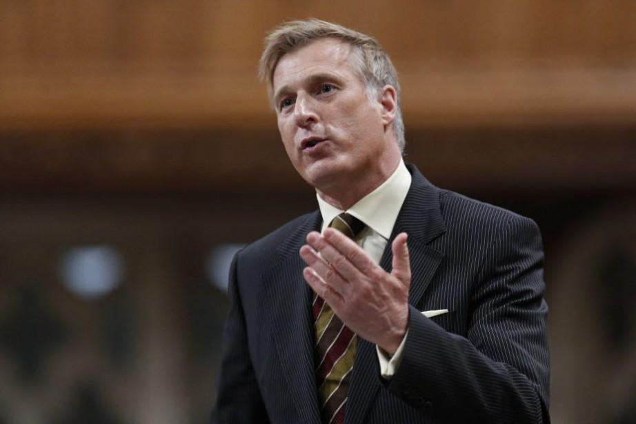 Le ministre d'État à la Petite entreprise, au... (Photo Chris Wattie, Archives Reuters)
