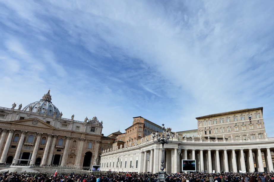 Selon le Vatican, leur disparition des archives de... (PHOTO TIZIANA FABI, ARCHIVES AFP)