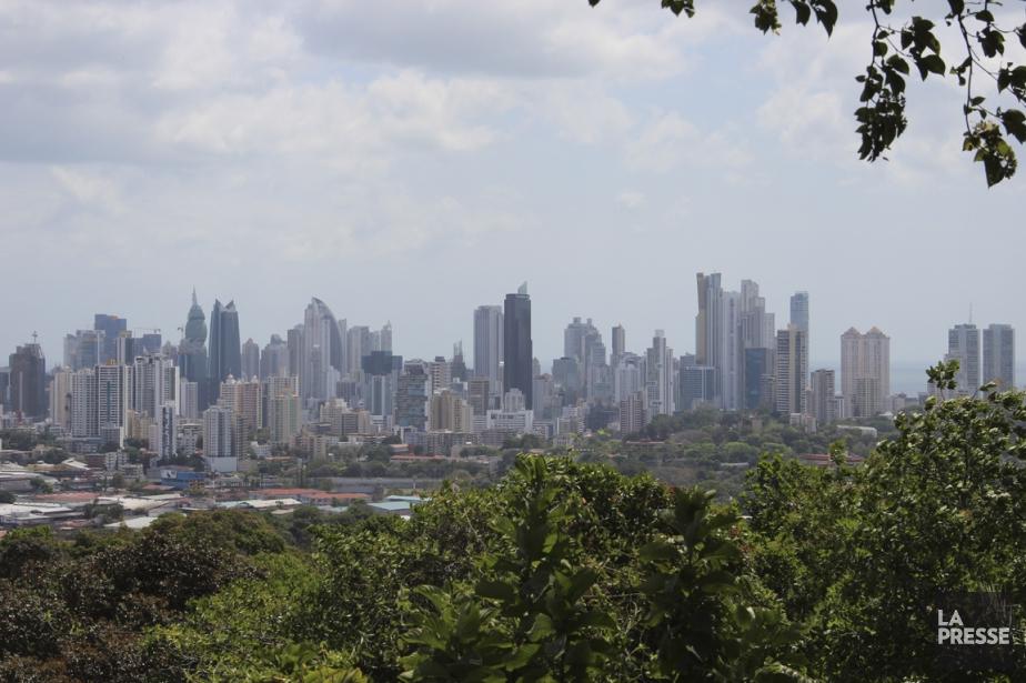 Des hauteurs du Parque Natural Metropolitano, que l'on... (Photo Marie-Eve Morasse, La Presse)