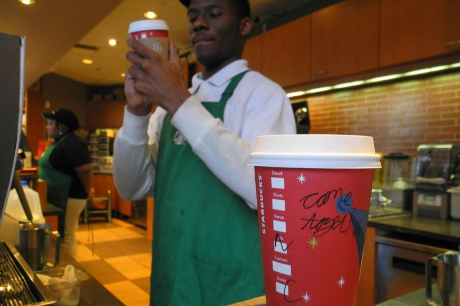 Plusieurs amoureux de la caféine n'hésitent pas à... (Photo Eva Hambach, Archives AFP)
