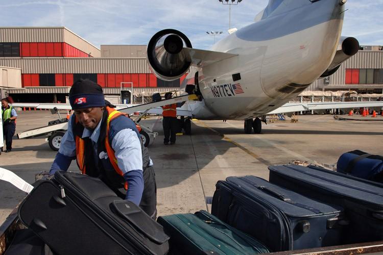 L'aéroport Hartsfield-Jackson emploie 60 000 personnes.... (PHOTO ARCHIVES AP)