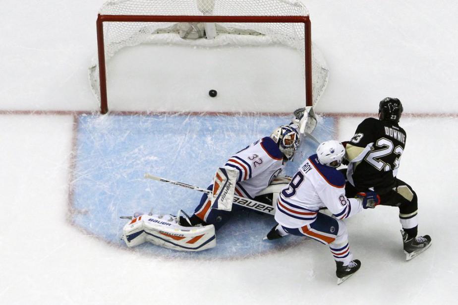 Les Penguins de Pittsburgh ont eu des sueurs froides, mais Steve... (Photo AP)