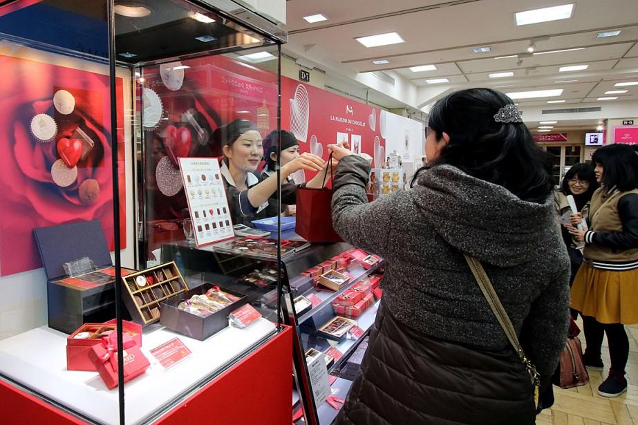 Au Japon, tous les 14 février, ce sont... (PHOTO YOSHIKAZU TSUNO, AGENCE FRANCE PRESSE)