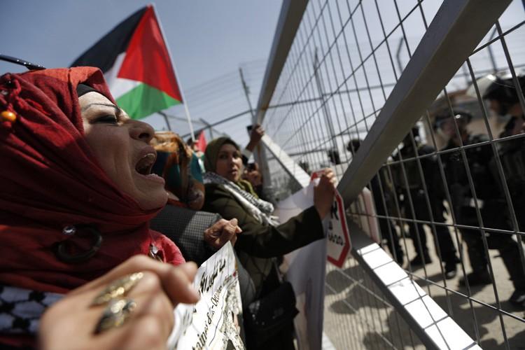 Depuis début janvier, Israël refuse de reverser aux... (Photo: Reuters)