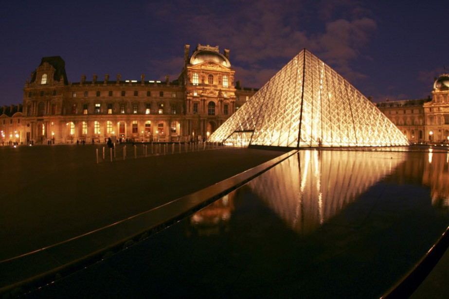 Le Louvre accueille à lui seul près de... (PHOTO ARCHIVES AFP)