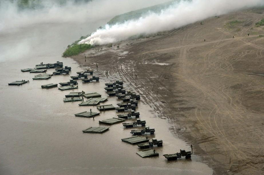 Plus de 80 000 soldats russes participent à... (PHOTO ARCHIVES AP)