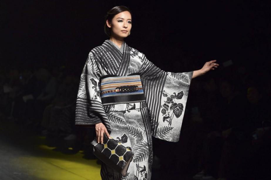 tokyo fashion week des griffes locales mais peu de mannequins japonais rachel o 39 brien mode. Black Bedroom Furniture Sets. Home Design Ideas