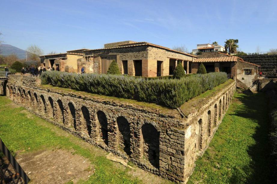 La Villa des Mystères est un domaine spectaculaire... (PHOTO MARIO LAPORTA, AFP)