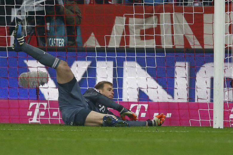 Le gardien duBayern Munich,Manuel Neuer.... (PHOTO MICHAEL DALDER, REUTERS)