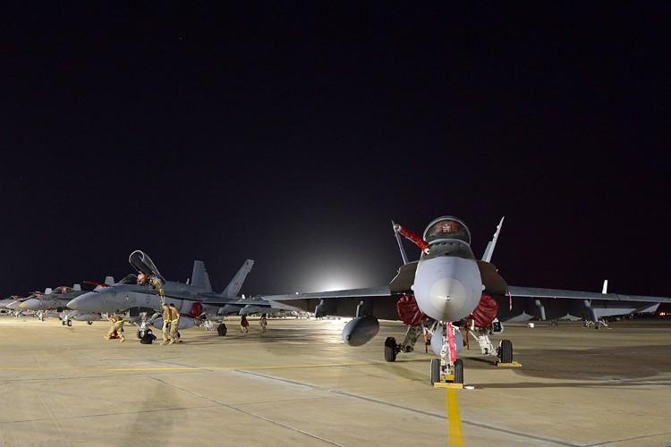 La participation canadienne dans les raids se poursuit... (PHOTO REUTERS)