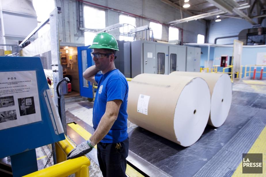 La fermeture d'une des trois machines de la... (PHOTO OLIVIER JEAN, ARCHIVES LA PRESSE)