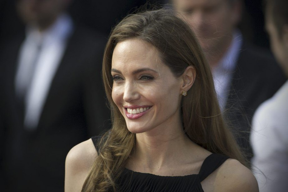 Angelina Jolie... (PHOTO CARL COURT, ARCHIVES AGENCE FRANCE-PRESSE)