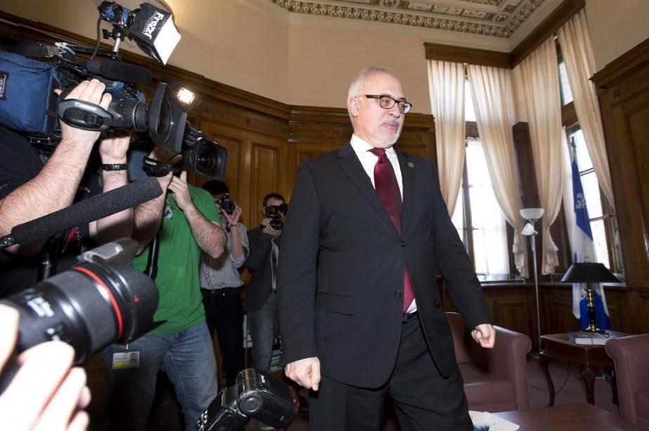 CarlosLeitao a rencontré la presse mercredi à la... (PHOTO JACQUES BOISSINOT, LA PRESSE CANADIENNE)