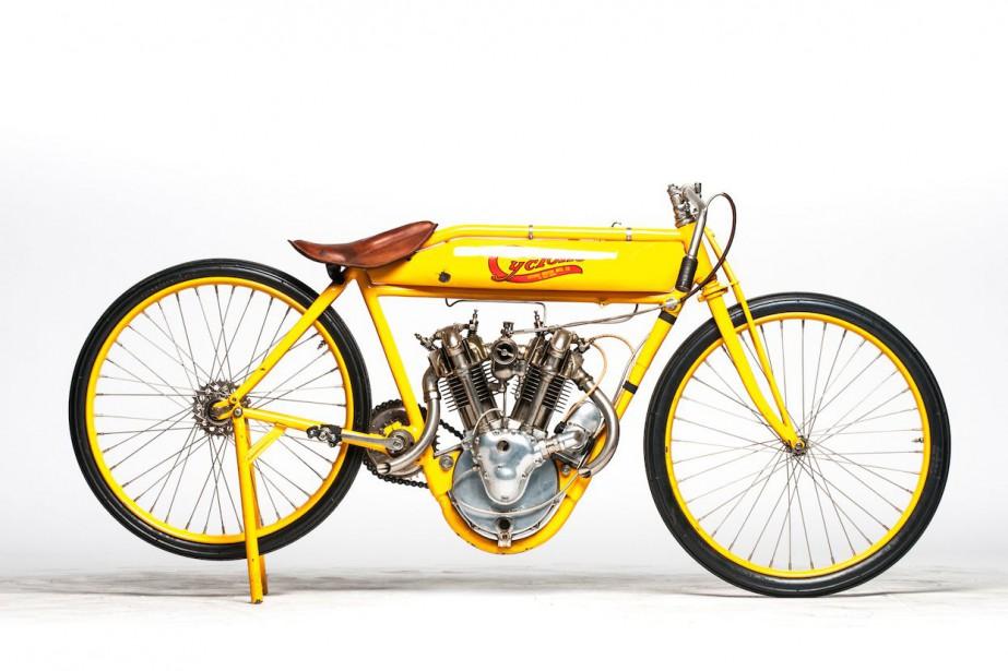 encan de steve mcqueen les motos vintage s 39 envolent denis arcand moto. Black Bedroom Furniture Sets. Home Design Ideas