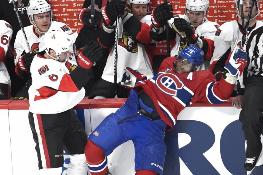 P. K. Subban fait une visite impromptue sur le banc de l'adversaire. (Bernard Brault, La Presse)
