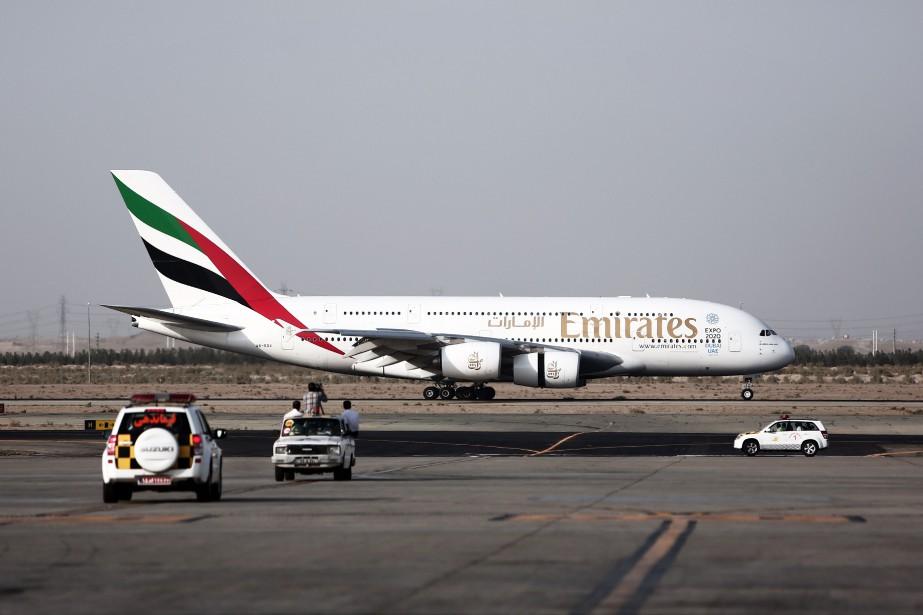 La compagnie Emirates de Dubaï a annoncé jeudi le... (PHOTO ARCHIVES AFP)