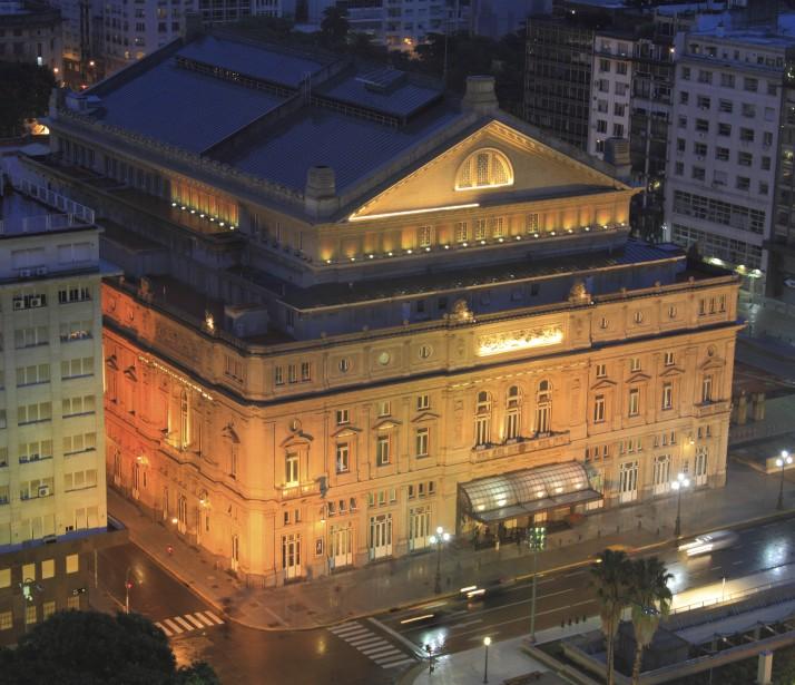 Le théâtre Colón (Collaboration spéciale Marc Tremblay)