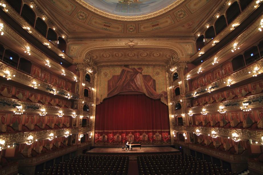La salle à l'acoustique parfaite du théâtreColón (Collaboration spéciale Marc Tremblay)