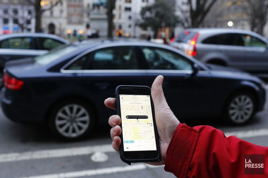 Les chauffeurs de UberXutilisent de simples véhicules de... (Photo: AFP)
