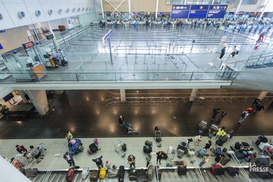 Il est fréquent que des voyageurs réalisent au... (Photo EDOUARD PLANTE-FRÉCHETTE, LA PRESSE)