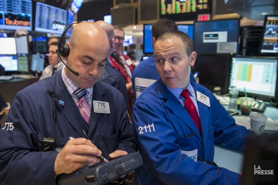 Désormais, la Bourse décline de nouveau «en digérant... (PHOTO LUCAS JACKSON, REUTERS)
