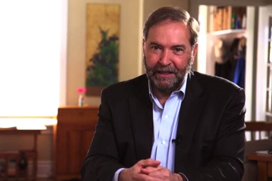 Dans les vidéos, Thomas Mulcair explique pourquoi le... (Photo tirée de la vidéo)
