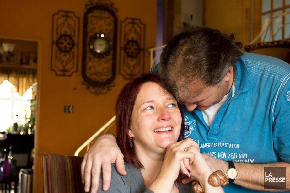 Linda Roy et son conjoint Hugues Castonguay ont... (PHOTO NINON PEDNAULT, ARCHIVES LA PRESSE)