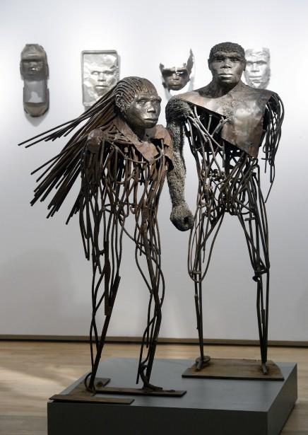 <em>Homme de Pékin</em> et <em>Femme de Pékin</em> sont au centre de l'une des salles de l'exposition <em>Don Darby: l'homme et la matière</em>. (Le Soleil, Jean-Marie Villeneuve)
