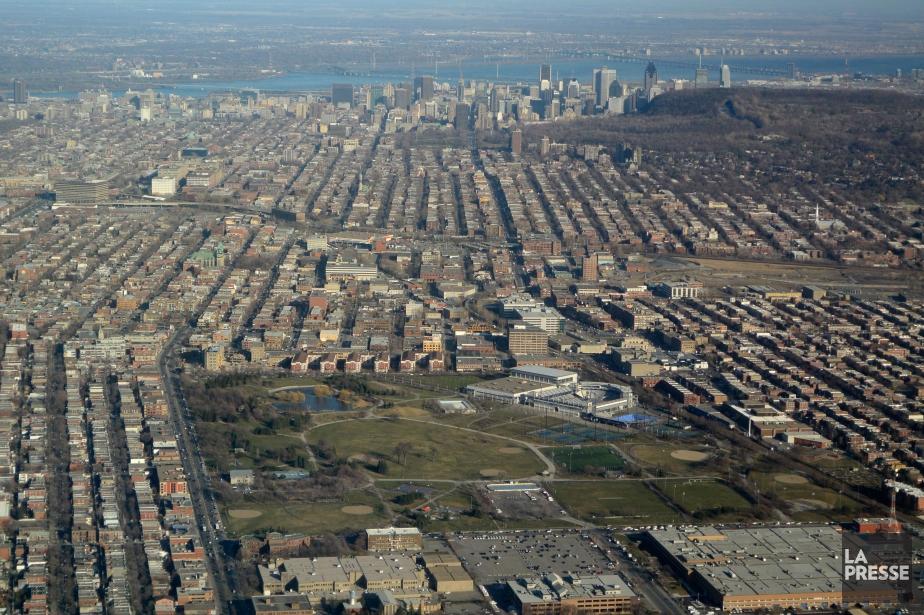 À plus long terme, la Ville a dans... (Photo Bernard Brault, Archives La Presse)