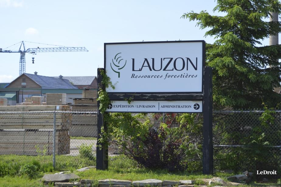 La scierie lauzon pourrait fermer ses portes benoit for Porte et fenetre sabourin st clet