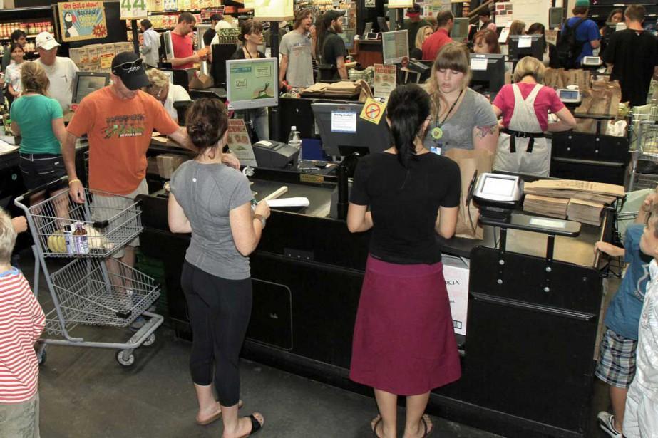 Les ménages américains ont réduit leurs... (Photo archives Associated Press)