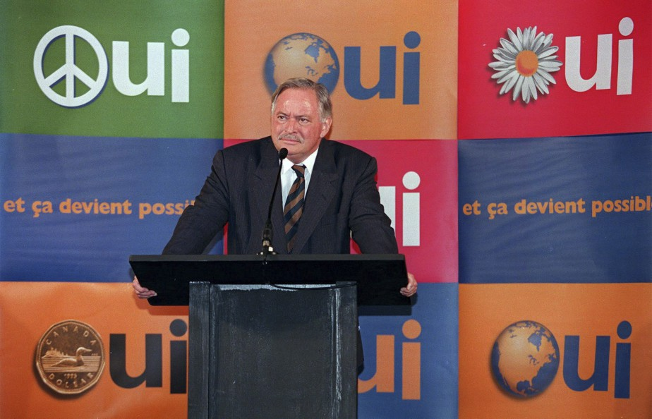 Jacques Parizeau en campagne pour le Oui le 3 octobre 1995 à Montmagny (Archives La Presse Canadienne)
