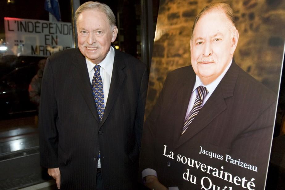 Jacques Parizeau a lancé son essai La souveraineté... (PHOTO RYAN REMIORZ, ARCHIVES LA PRESSE CANADIENNE)